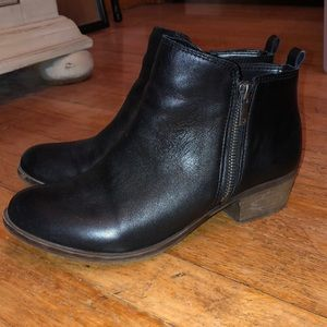 Lucky Brand Chelsea boots